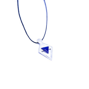 ''Triangle'' blue necklace