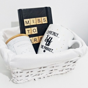 "Bride Gift Box ""MISS to MRS"""