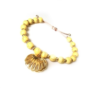 Clam yellow summer bracelet