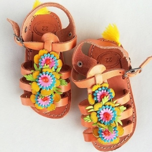 Blooming sandals