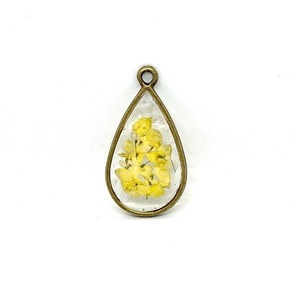 Vintage Like Confetti - Yellow - Pressed Flowers Necklace - charms, μακριά, λουλούδι